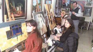 Ev hanımlarından sanatsal hamle