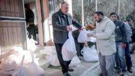 Muhtarlık maaşını Suriyelilere harcıyor …