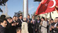 Türk Bayrağı onurla dalgalandırıldı