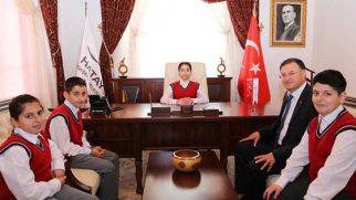 BŞB Başkanı Tavla'dan Burcu Gülenç