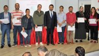 30 kursiyere sertifika