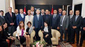 Defne Heyeti'nden  Kılıçdaroğlu'na ziyaret