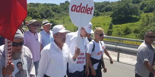 Topal: Biz Türkiye'de adalet  istiyoruz