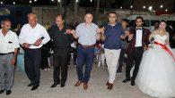 SAVAŞ, Kumlu'da katıldığı düğünde halay çekti…