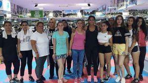 Sporcu Kadınlar Mutlu