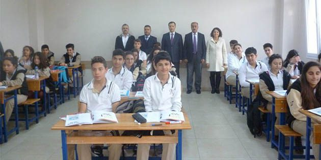 Kaymakam'dan okul ziyareti