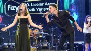 O.ötken Liselileri İstanbul'da