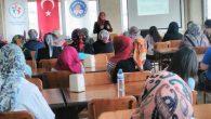 Kız yurdu öğrencilerine  kadınlar günü  kutlaması