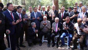 Kılıçdaroğlu Şehit Ailelerini Ziyaret Etti
