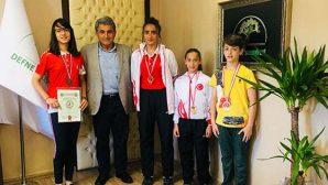 Türkiye Şampiyonları Defne'den