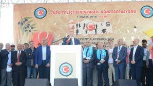 Türk-İş'ten Coşkulu  1 Mayıs kutlaması