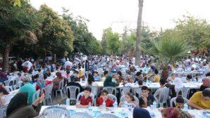 Antakya Belediyesi İftarı Aksaray'da