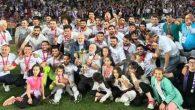 Şampiyon Futbolcular Umre'de
