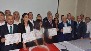 AKP'li 5 Vekil Mazbata Aldı
