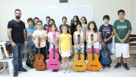 Gitar  kursuna  yoğun ilgi