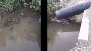 Samandağ'da Kent Ortasında  Lağım Suları