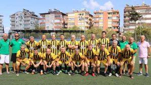 Veteranlar futbol şampiyonası Antakya'da başladı
