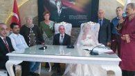 Mehmet Ezer oğlunu evlendirdi