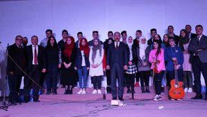 Suriyeli Öğrenciler Korosu Hem Türkçe Hem Arapça…