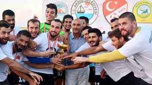 Plaj Futbol Gol Kralı Arsuz'dan
