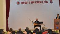 Atilay, cezaevinde mahkum ve tutuklulara konser verdi