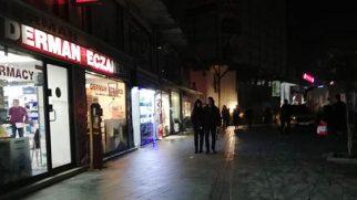 Kent karanlıkta
