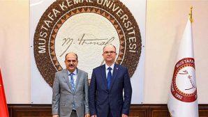 Rektör Kaya'ya, Rektör Türk'ten tebrik