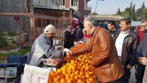 Güzelyurt, semt pazarında