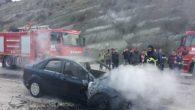 Araç cayır cayır yandı