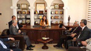Arsuz'da CHP Adayı, işçilerden destek istedi