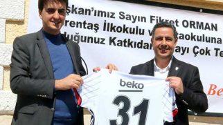 Yayladağı Kaymakamına Beşiktaş Forması