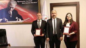 Karahan, Bölge 1.si  öğrenciyi tebrik etti