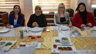 Anneler ve kızları yemek yarışmasında