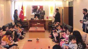 Defne'nin  23 Nisan  Belediye  Başkanı