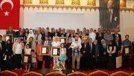 Şehit Aileleri ve Gazi'lere övünç madalyası
