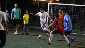 Babalar ve Çocukları Futbol Sahasında