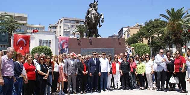 CHP Ata'nın  Huzurunda