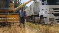 Hatay'da ilk buğday hasadı: