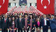 S.Nevzat Şahin A.L. mezunları kep attı