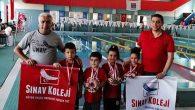 Sınav Koleji yüzücüleri 9 madalya aldı