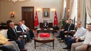Beşiktaşlılar  Valilik'te