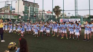 Futbol Okulunda Zumba Dansı