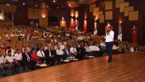 Oyuncu Ahmet Yenilmez'den MKÜ'de söyleşi