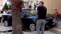 Antakya'da, otomobil kaldırıma çıktı, kadın yayaya çarptı: