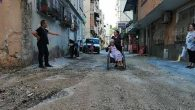 Armutlu'da 40 sokak çukurlarla kaplı