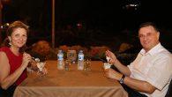 Savaş çiftinin evlilik yıldönümü yiyeceği