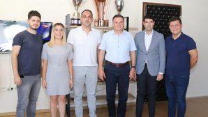 CHP'li Gençlik Kolları Başkanı ve  Yönetimi Hatay'da…