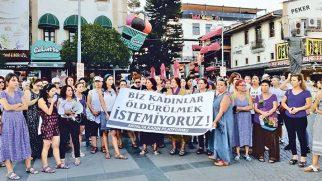 Antakyalı kadınlar da 'İstanbul Sözleşmesi' dedi!