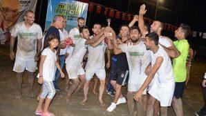 Şampiyon, Meydan FC…