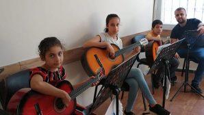Ücretsiz gitar kursu